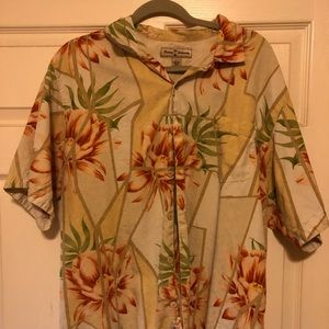 Tommy Bahamas Aloha shirt